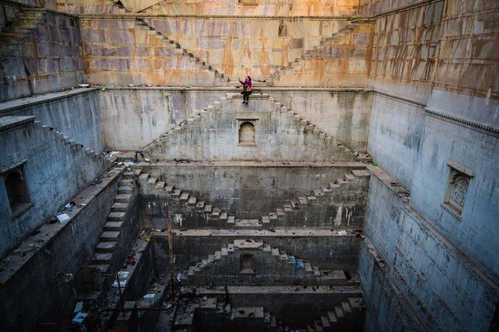 ブンディ双子の階段井戸